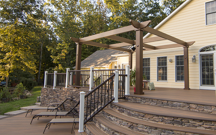 Trex Pergola with Simple Cross Frame and Outdoor Fan