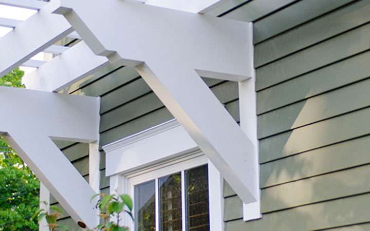 Close Up of White Trex Wall Pergola - Low Maintenance Engineered Pergola Kits By Trex