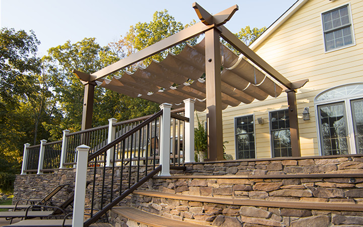 Trex Pergola with Classic Ends and Retractable Canopy