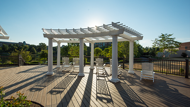 Curved Shade Structure at Virginia Hospital - cPVC Pergola - Trex Pergola