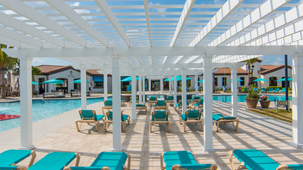 Low Maintenance Trex Pergola Kit at Community Resort Pool Center in Florida