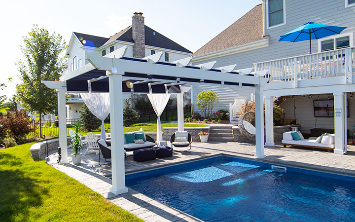 Residential Trex Pergola with Shadetree Canopy Chicago